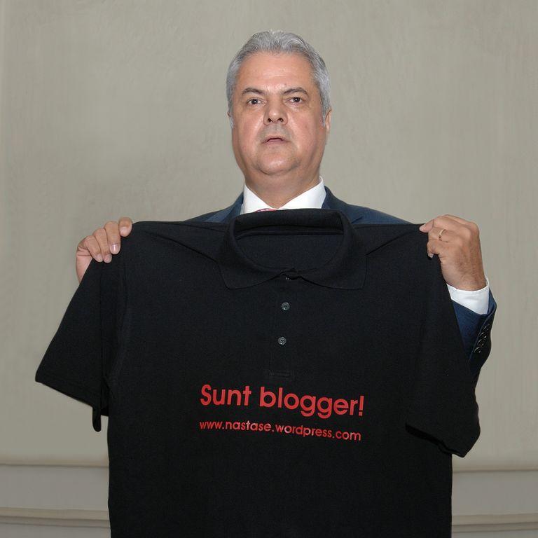 nastase blogger